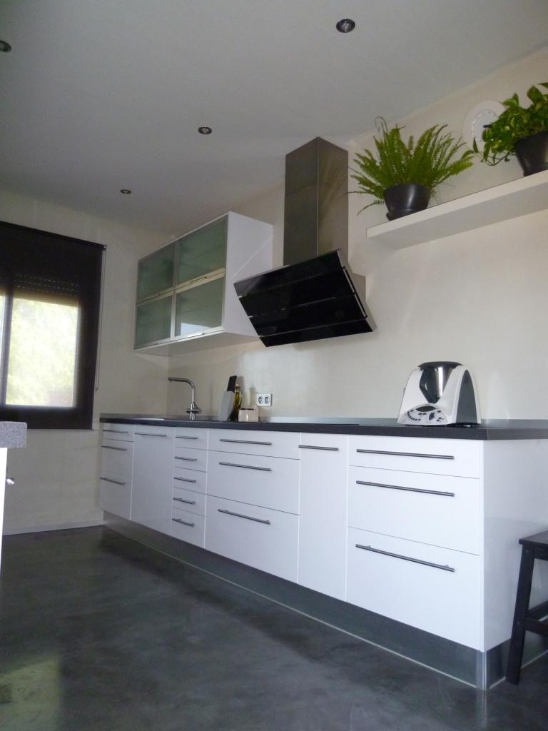 Disaher edificaci n cocina con microcemento - Microcemento en cocinas ...